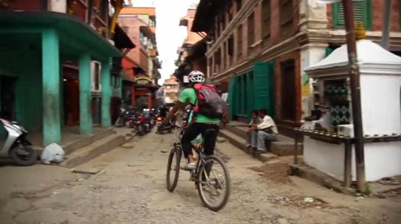 Street in Kathmandu, Nepal. Videostill: KIAF 2012.