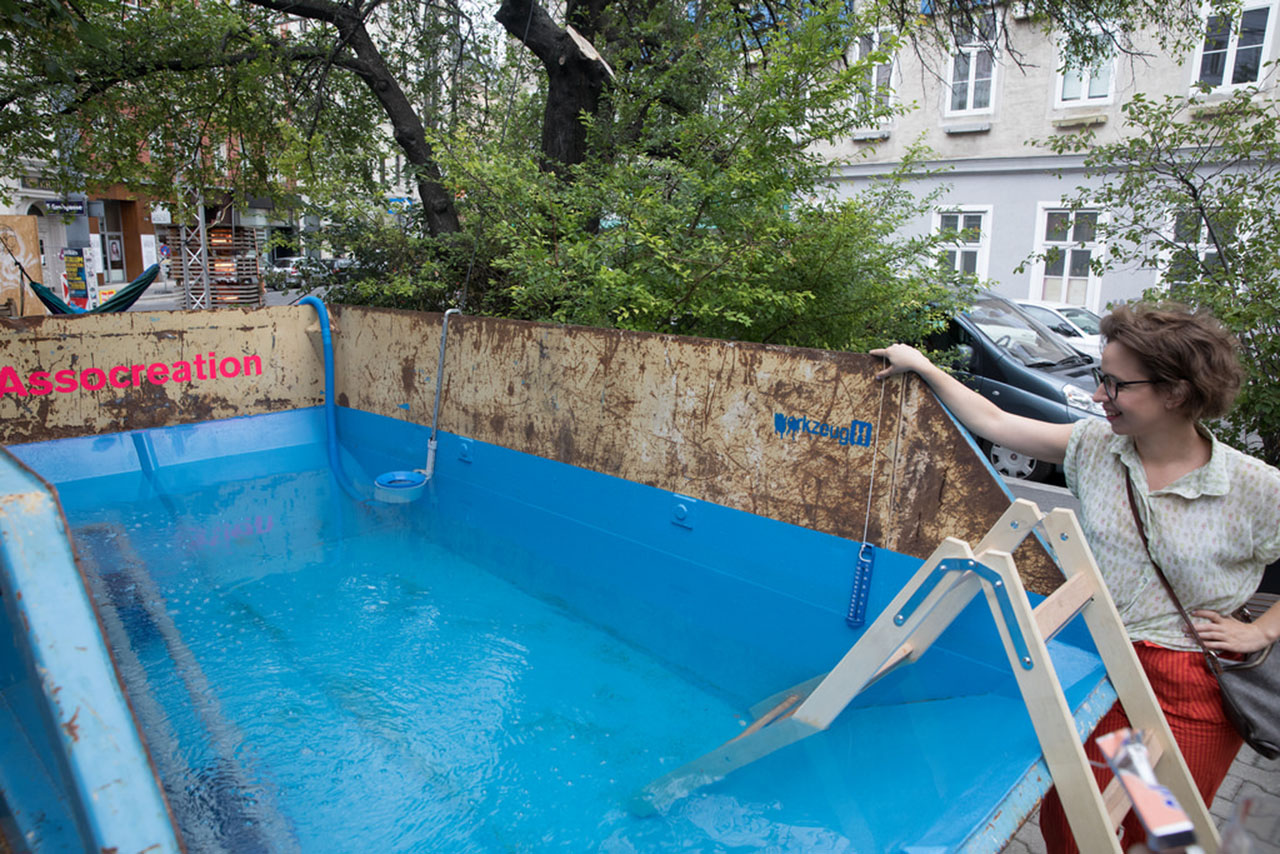 """Dumpster Swimming Pool. Installation 2017. """"10 Jahre WerkzeugH"""", Vienna, Austria. Photo: WerkzeugH."""