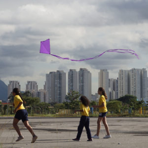 Pipa Vista. Urban Intervention, 2019. Parque Villa Lobos, São Paulo, SP, Brazil. Photo: Assocreation.